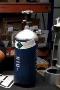 Paintball tank refilling